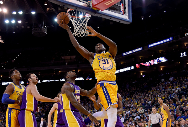 Golden State Warriors crush Los Angeles Lakers for best ...