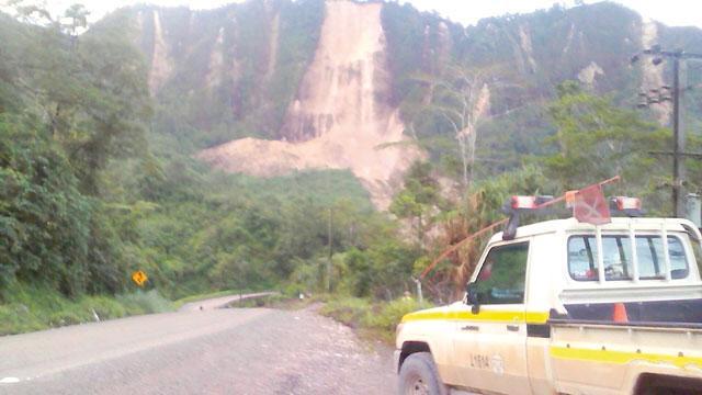 Major quake cuts communications, halts oil, gas operations