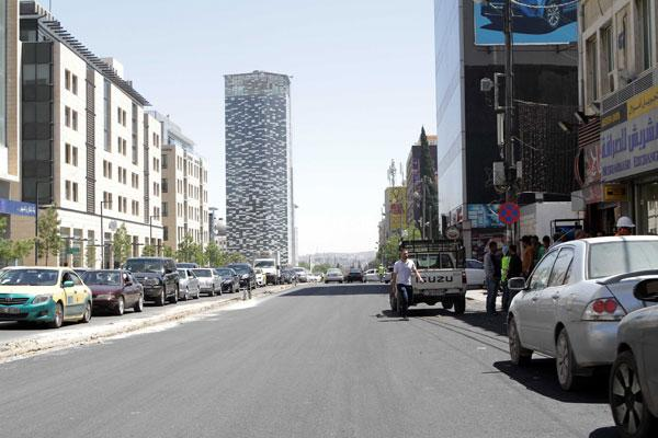 Owners Of Shops Eateries Opposite Abdali Project Outraged At Municipal Measures