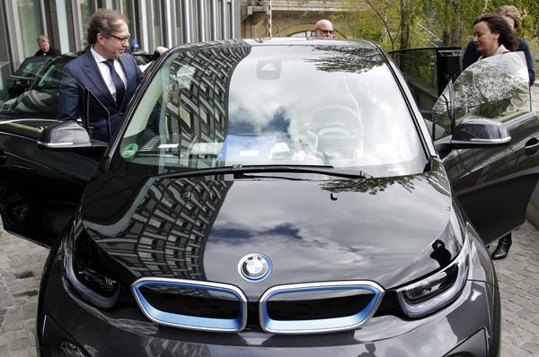 Germany To Subsidise Electric Cars To Help Own Auto Industry
