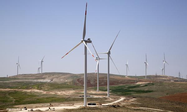 Jordan's largest wind power project commences commercial